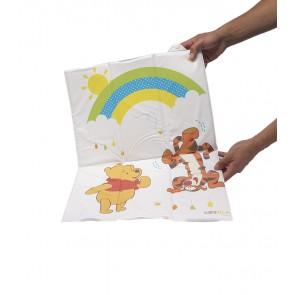 Cestovní dětská přebalovací podložka v bílé barvě s motivem Medvídka Pú- 58x40x0,5 cm